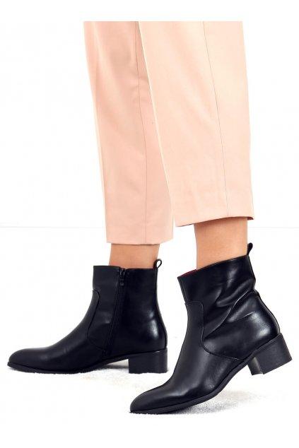 Dámske členkové topánky čierne na širokom podpätku F5790
