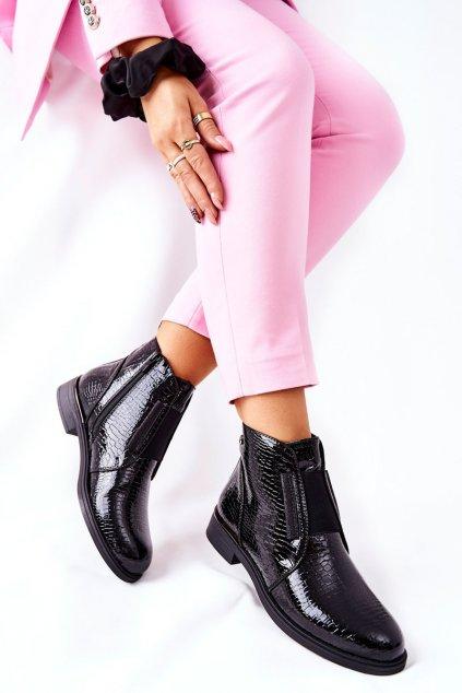 Členkové topánky na podpätku farba čierna kód obuvi BT400 BLK