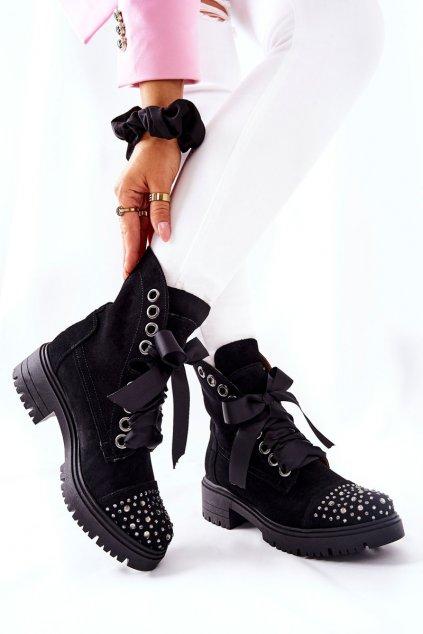 Členkové topánky na podpätku farba čierna kód obuvi 3069 CZAR/WEL
