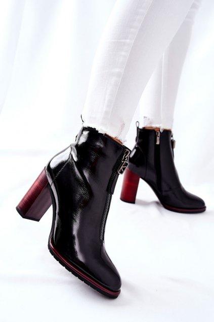 Členkové topánky na podpätku farba čierna kód obuvi F102 BLK
