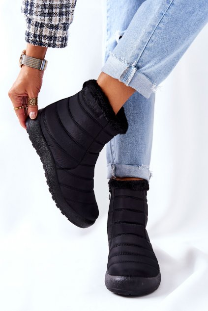 Dámske snehule farba čierna kód obuvi 9SN26-1467 BLK
