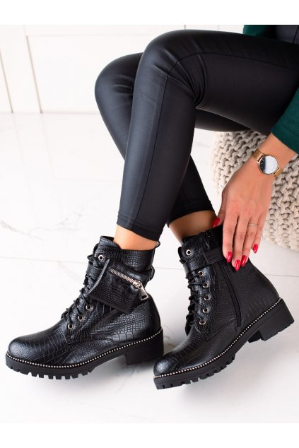 Čierne dámske topánky Queen vivi kod J218-2A/B