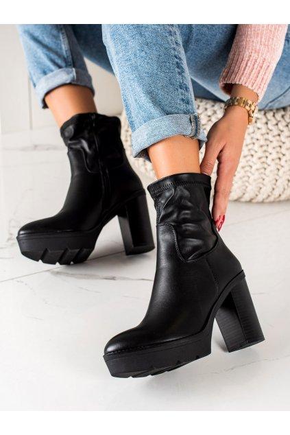 Čierne dámske topánky Lovery kod 9532B