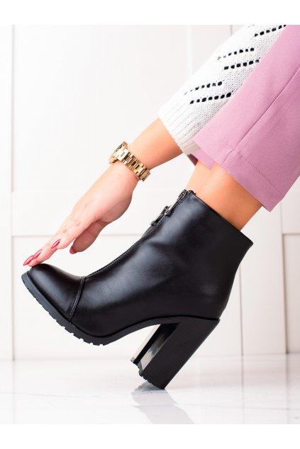 Čierne dámske topánky Super mode kod 801B/B