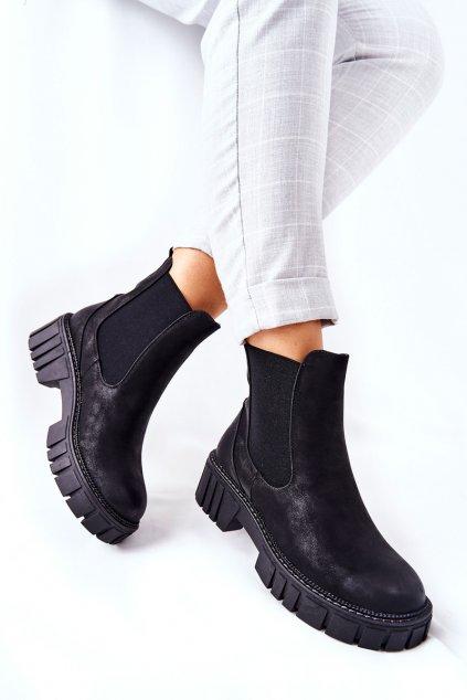 Členkové topánky na podpätku farba čierna kód obuvi TR761 BLK