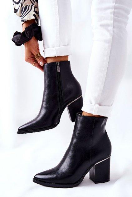 Členkové topánky na podpätku farba čierna kód obuvi 21-12044BK