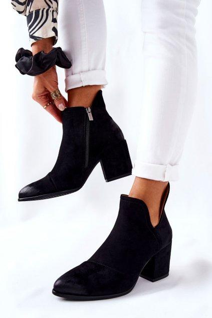 Členkové topánky na podpätku farba čierna kód obuvi 21-12015BK
