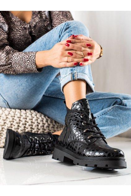 Čierne dámske topánky Filippo kod DBT3071B