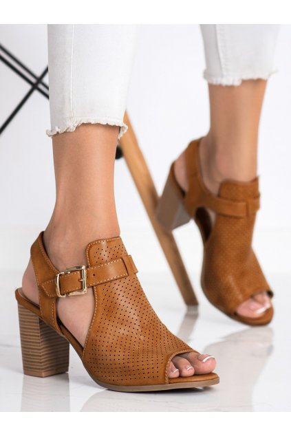 Hnedé dámske sandále Renda kod S-919C
