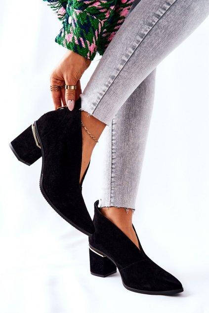 Členkové topánky na podpätku farba čierna kód obuvi 2344 500 BLK