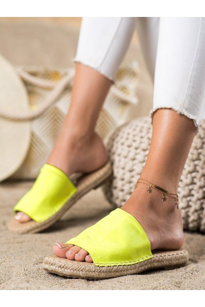 Žlté dámske šľapky Trendi kod LX203FL.GR
