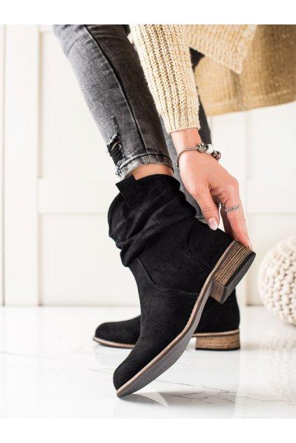 Čierne dámske topánky Evento kod 20BT35-3046B