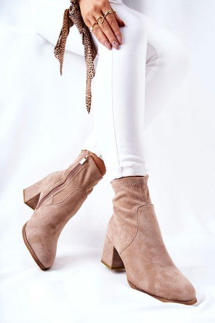 Členkové topánky na podpätku farba hnedá kód obuvi 20BT35-3070 KHAKI