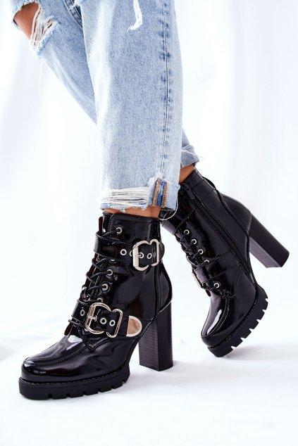 Členkové topánky na podpätku farba čierna kód obuvi M556 BLK MIRROR
