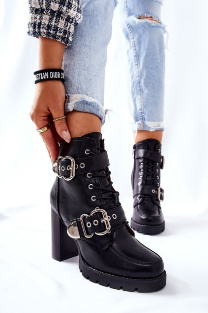 Členkové topánky na podpätku farba čierna kód obuvi M556 BLK