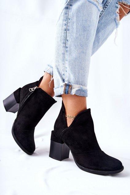 Členkové topánky na podpätku farba čierna kód obuvi A5706A BLK