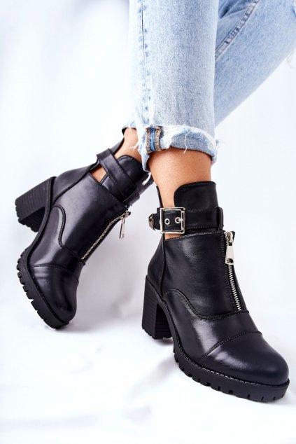 Členkové topánky na podpätku farba čierna kód obuvi 88117 BLK