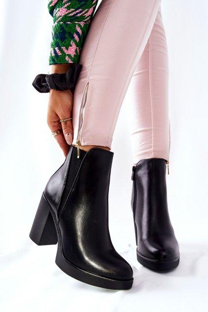 Členkové topánky na podpätku farba čierna kód obuvi 6917 BLK