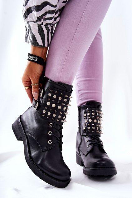 Členkové topánky na podpätku farba čierna kód obuvi CR0623 BLK