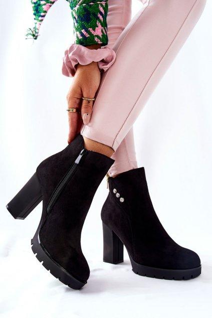 Členkové topánky na podpätku farba čierna kód obuvi DF3711 BLK