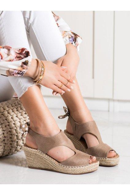 Hnedé dámske sandále Evento kod 21SD98-3593TA