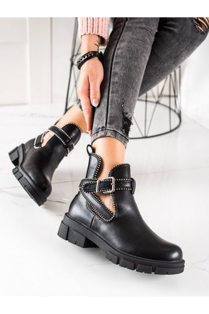 Čierne dámske topánky Bestelle kod 20223C-18B
