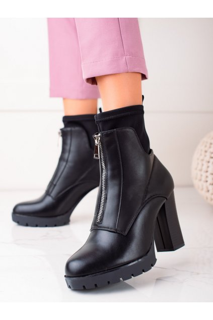 Čierne dámske topánky Bestelle kod 168-255B