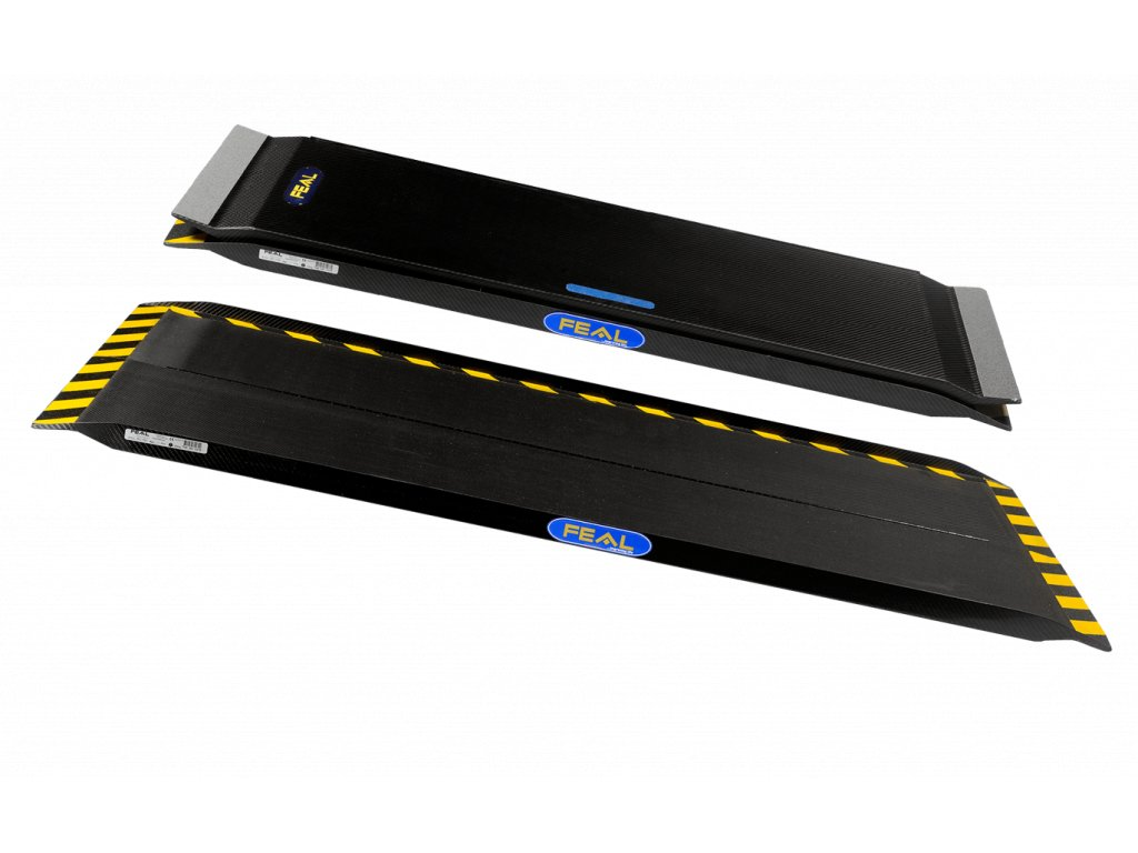 Přenosná karbonová nájezdová rampa široká, podélně sklopná o délkách 75, 120, 150 nebo 200cm