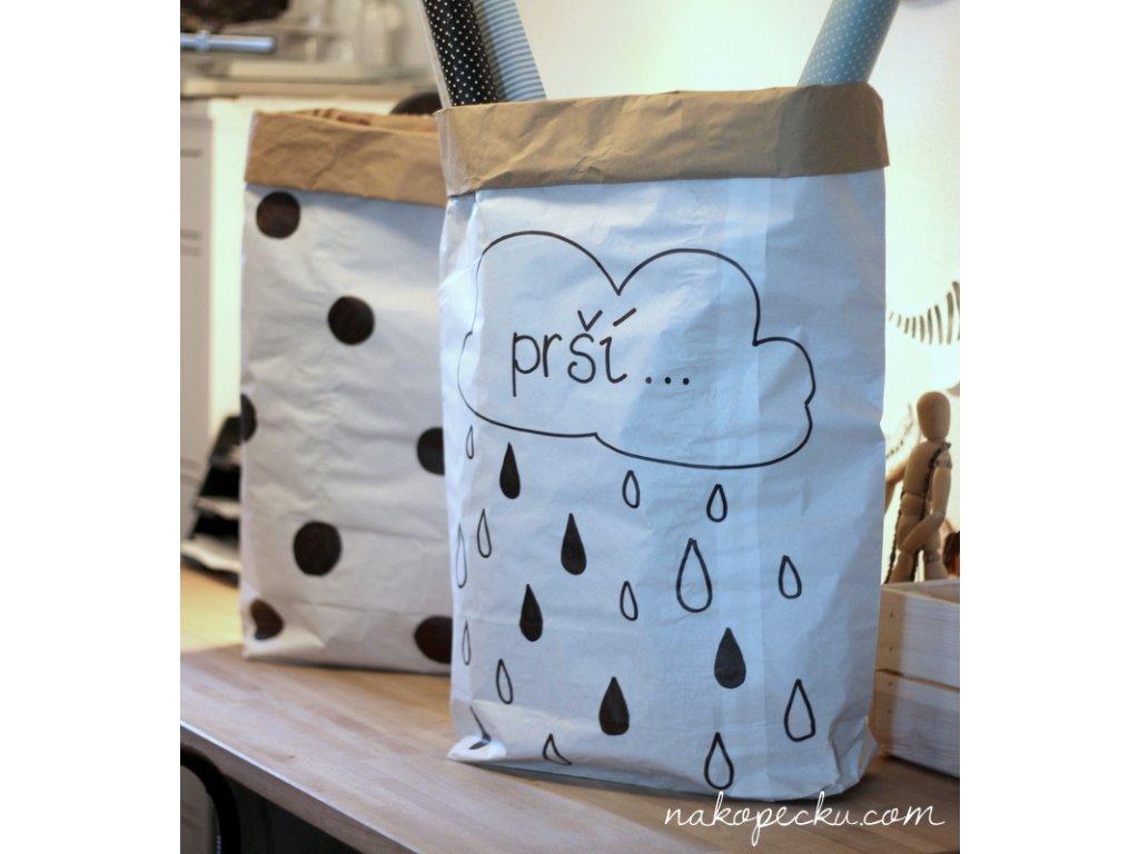 úložný papírový pytel - prší
