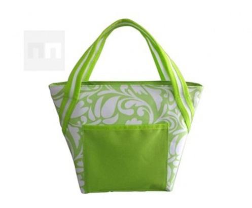 Jaké vybrat typy chladících boxů a tašek na pláž a cesty?