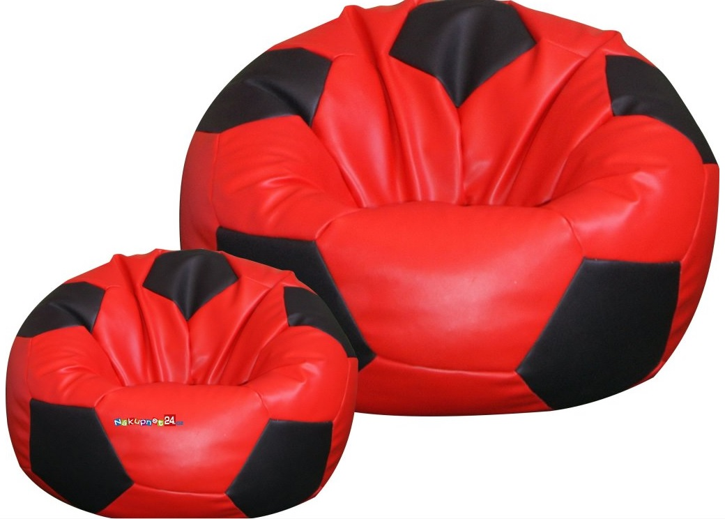 Děti si oblíbily sedací vak ve tvaru fotbalového míče