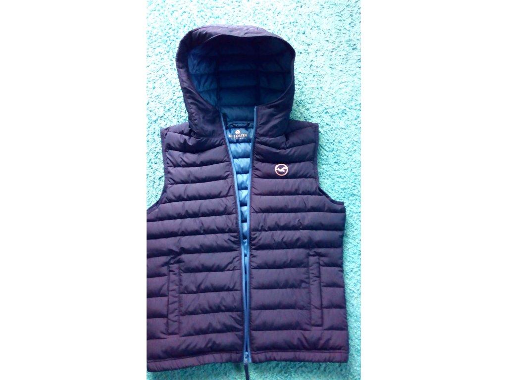 Hollister pánská péřová vesta s logem