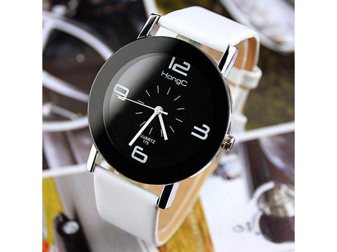 Moderní černobílé hodinky bílé
