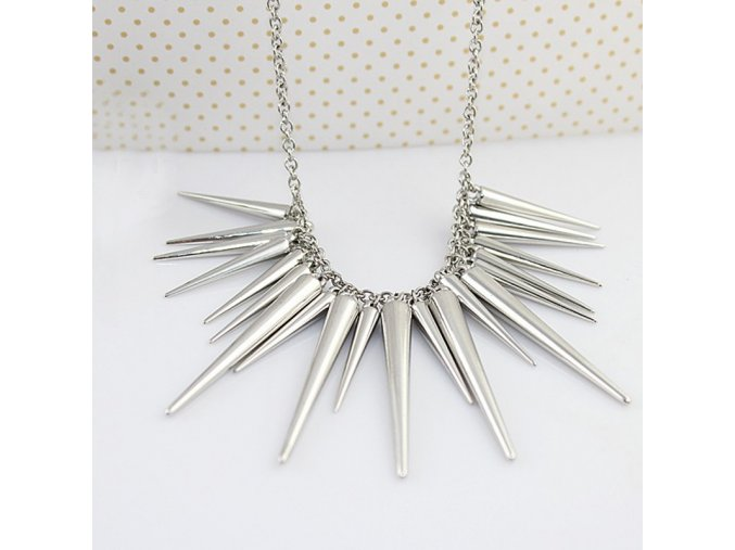 Dámský náhrdelník s ostny postříbřený