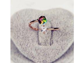 Dámský prstýnek s kamínkem