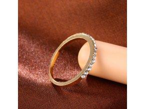 Dámský prstýnek s kamínky