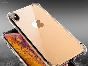 Průhledný obal na iPhone