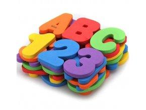 Set pěnových číslic a písmen