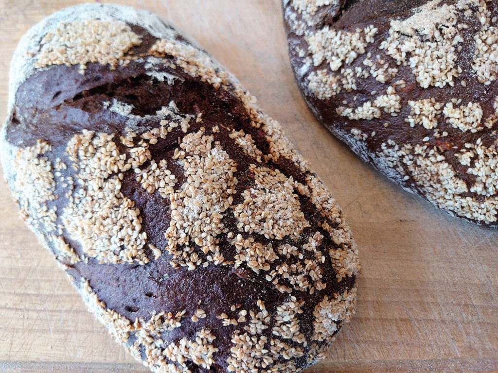 Chléb Dobrák extra dark, 500 g (pekárna PeDu)