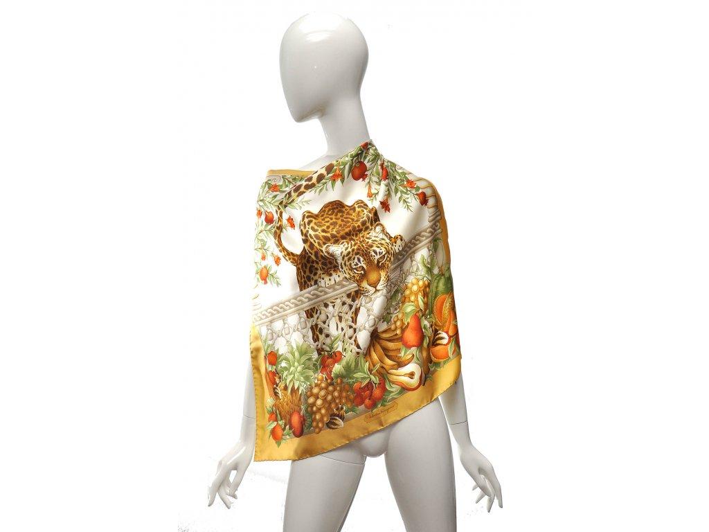 Šátek s leopardem žlutý lem Salvatore Ferragamo 1