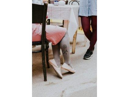 lapač šedý