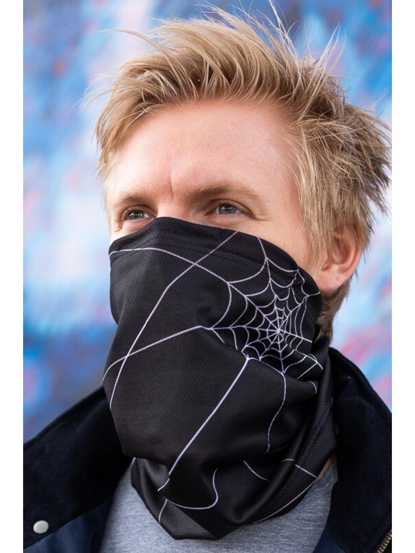 černý antivirový šátek