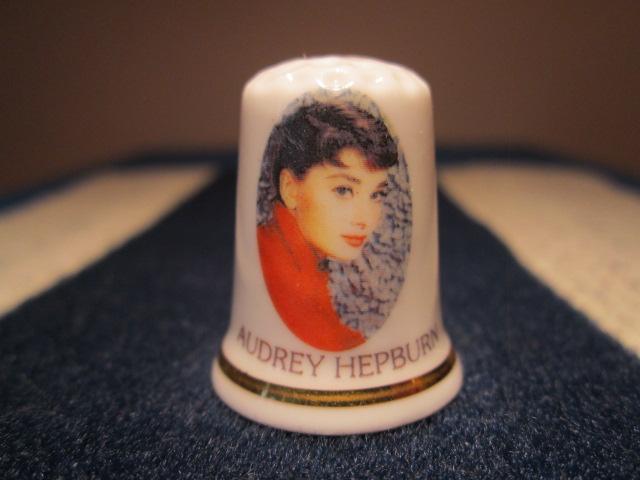 Náprstek Audrey Hepburn - britská herečka a velvyslankyně UNICEF, Cottage Thimble