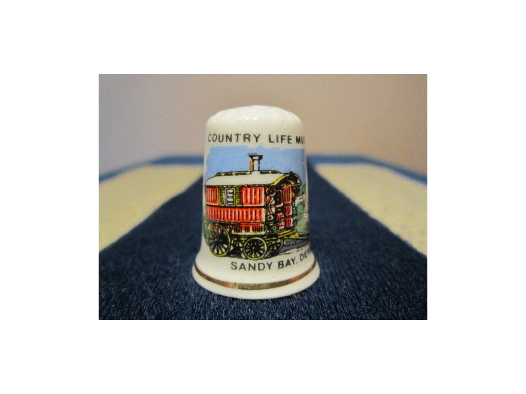 Sběratelský náprstek - Anglie - Devon, Sandy Bay, Country Life Museum, s cikánským vozem