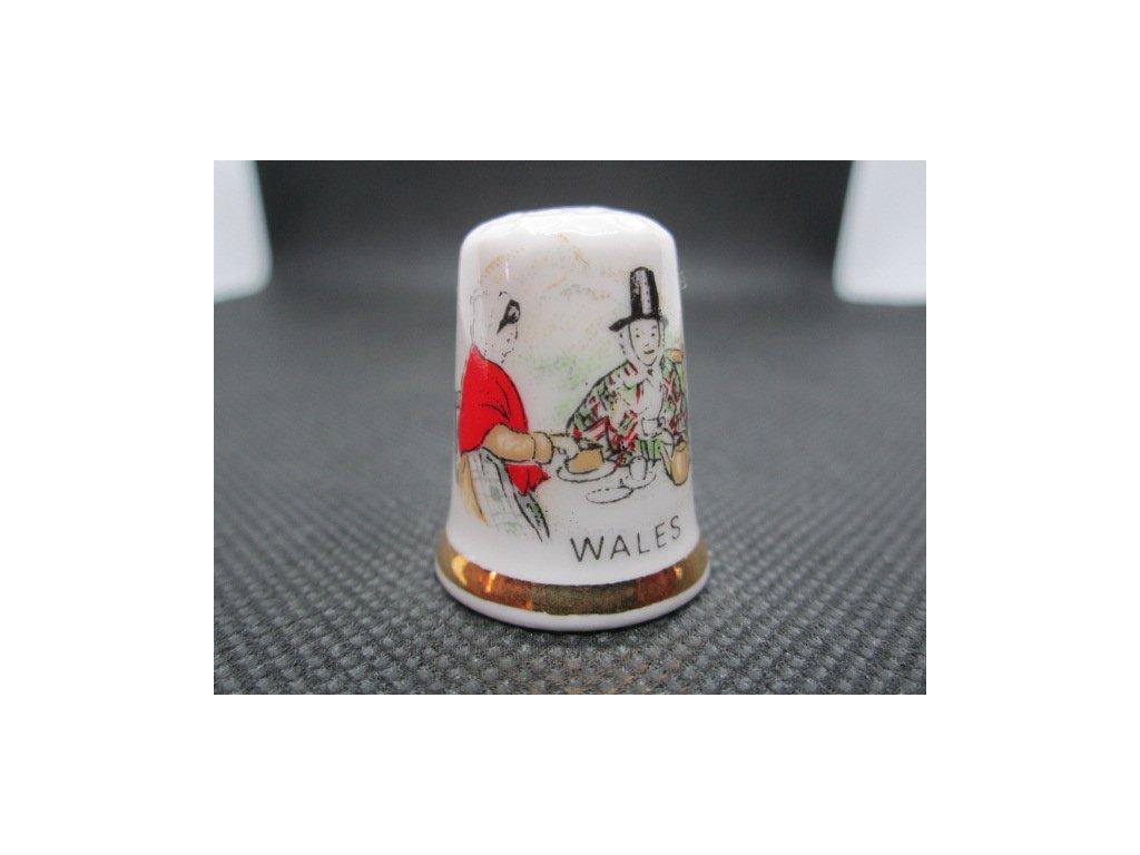 Sběratelský náprstek - Wales - ženy v krojích, s kloboukem Dne sv. Davida, patrona Walesu