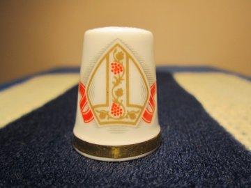 Sběratelský náprstek - Royal Albert England - Návštěva Papeže 1982, Anglie