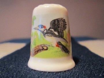 Sběratelský náprstek - TCC Crown Ducal England - Woodpecker