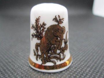 Sběratelský náprstek - Znamení zvěrokruhu - Skopec (Beran), zlatý, Finsbury England