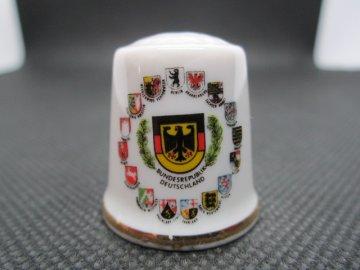 Sběratelský náprstek - Kleiber Germany - Německo (dříve Západní Německo - Bundesrepublik Deutschland) se znaky