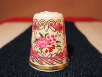 Sběratelský náprstek - WGPH Hammersley England - pink flowers in cameo